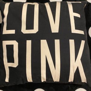 Cheetah print Pink pillow 🎀🎀
